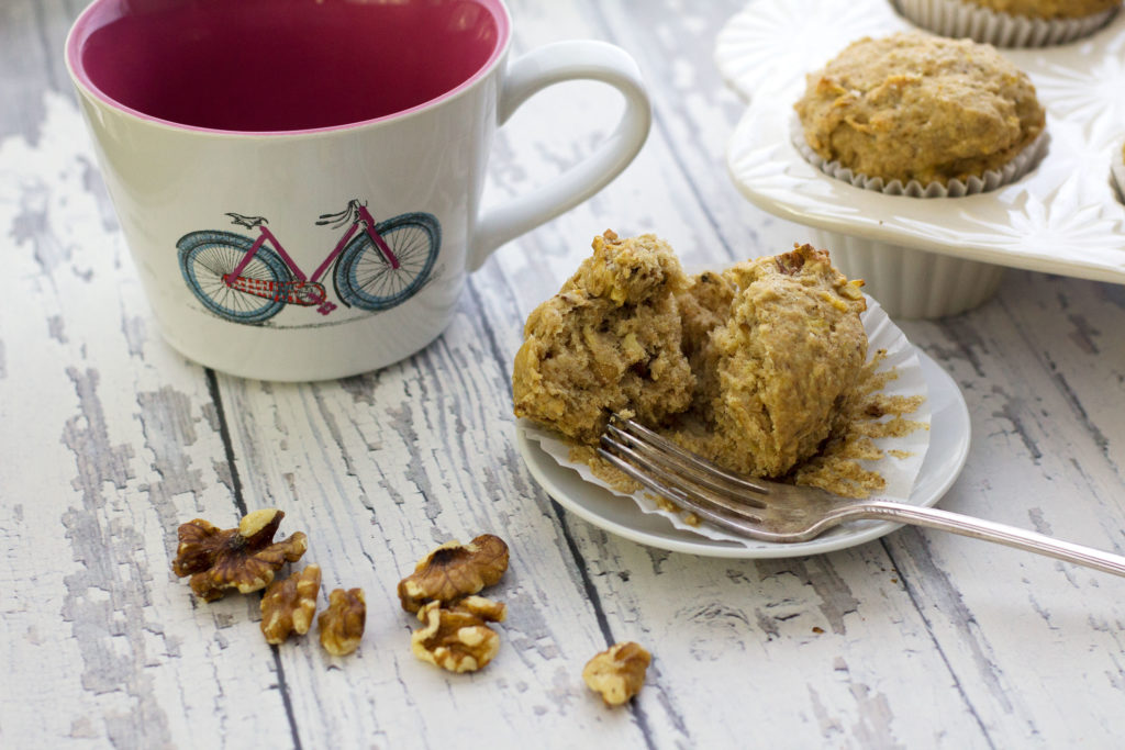 banana bread muffins with fork