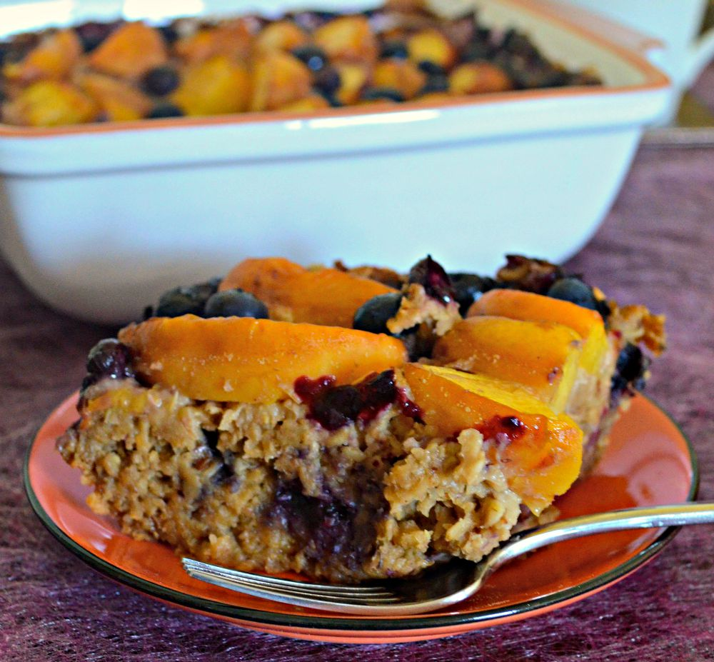 peach-blueberry-baked-oatmeal-slice-2