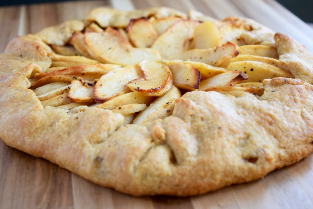 apple vegan fall dessert recipe