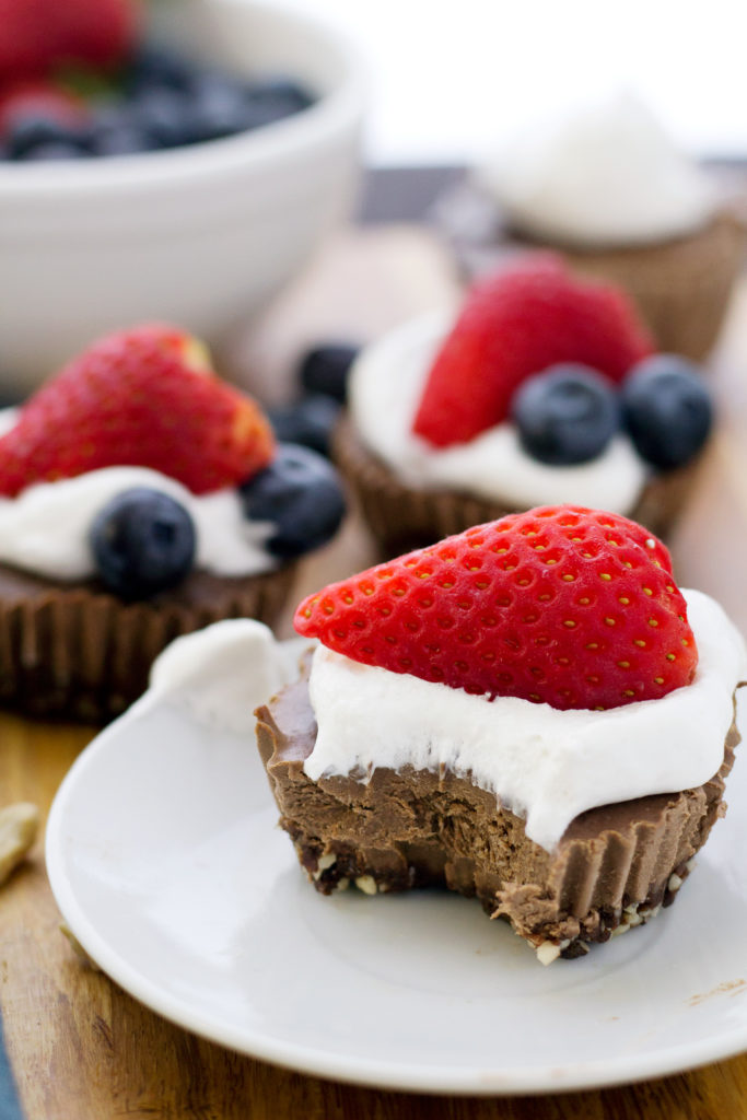 Taking a bite out of easy vegan chocolate cheesecake recipe