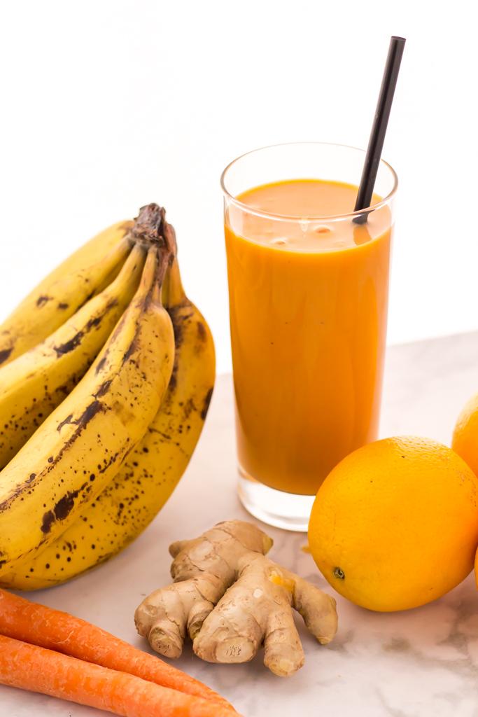 Vegan orange ginger smoothie recipe with carrots