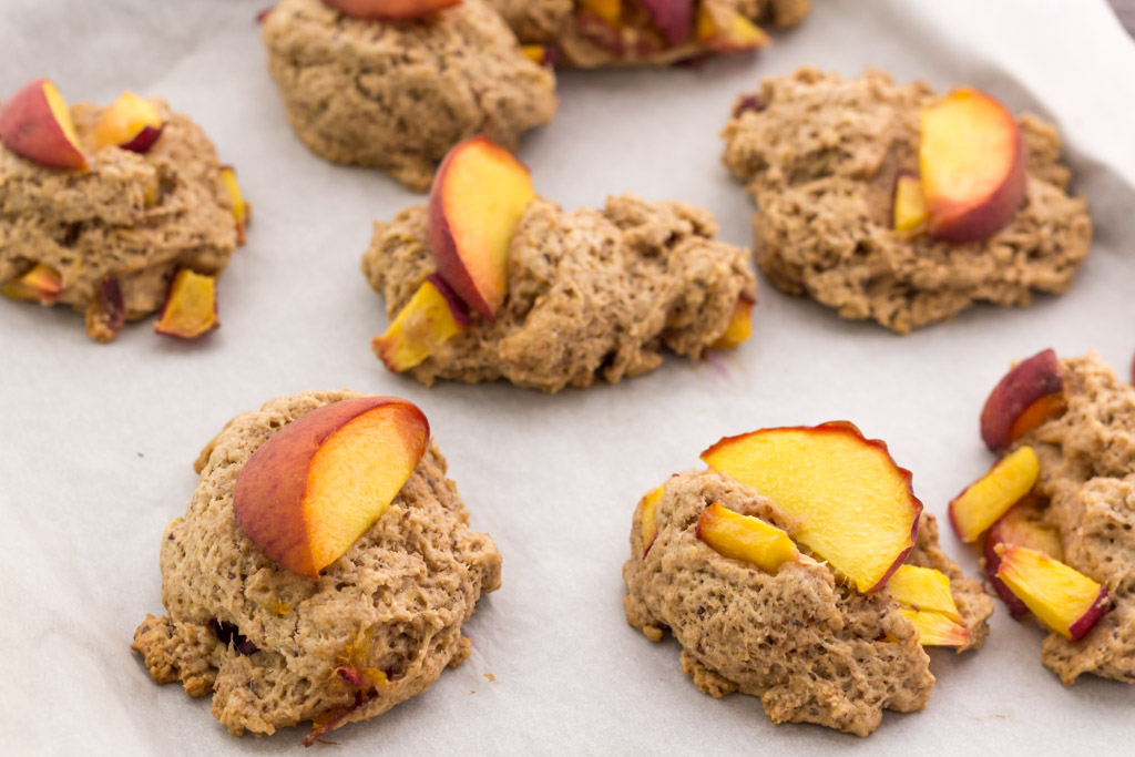 Easy vegan peach scone recipe! Perfect for a quick breakfast or even as a healthy snack